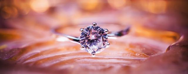 fialový kámen, prsten