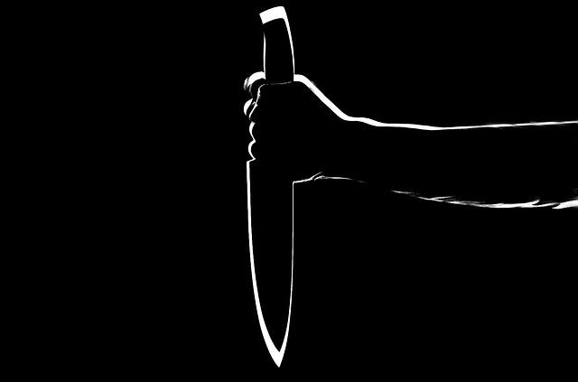 vražda nožem